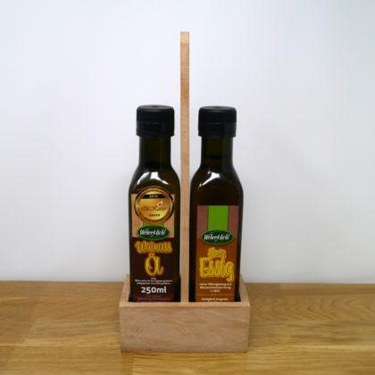 Walnussöl mit Honigessig im Holzständer