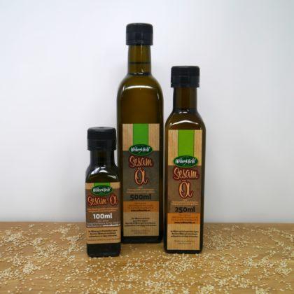 Sesamöl in Flaschen
