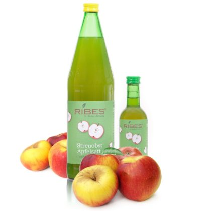 Apfelsaft in Flaschen